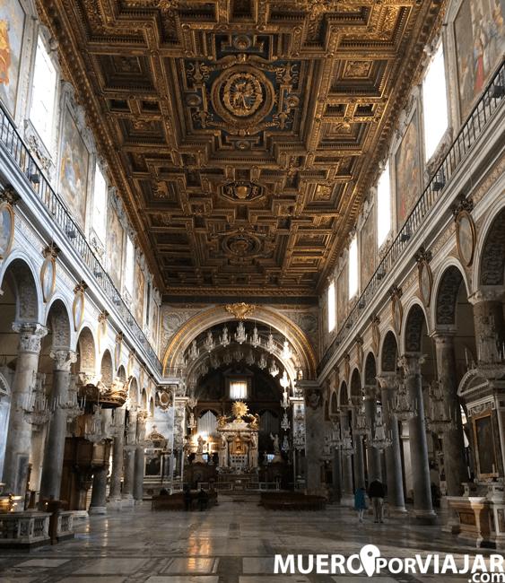 El bonito techo de madera de Santa Maria en Aracoeli