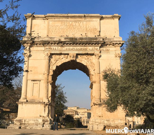 El Arco de Constantino en Roma
