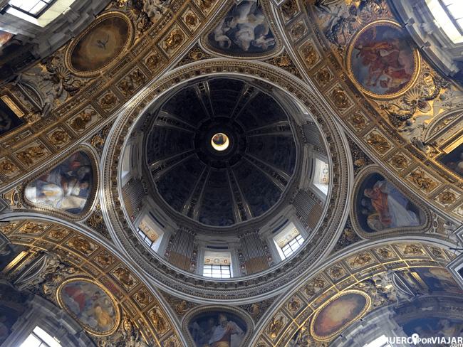 El interior de Santa Maria Maggiore en Roma