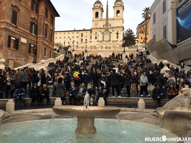 La famosa Plaza de España de Roma y su escalinata