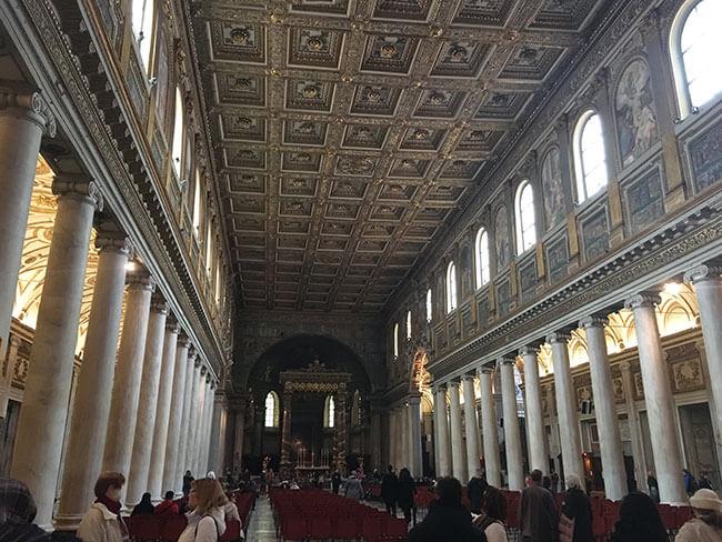 Santa Maria Maggiore en Roma es una de las iglesias más bonitas de la ciudad