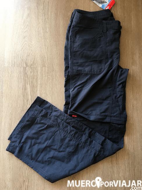 Un pantalon que pueda hacerse corto para las zonas de Borneo ya que hay mucho mosquito