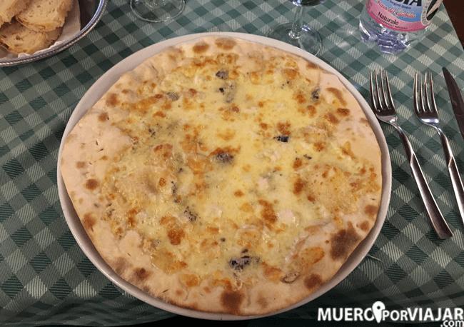 Pizza cuatro quesos de Carlo Menta