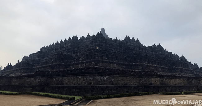 Borobudur tiene un tamaño de 2.500 m²