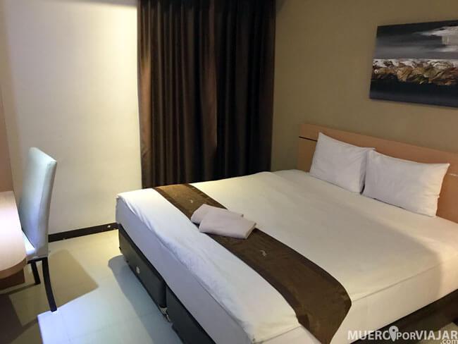 La habitación del hotel era amplia y limpia