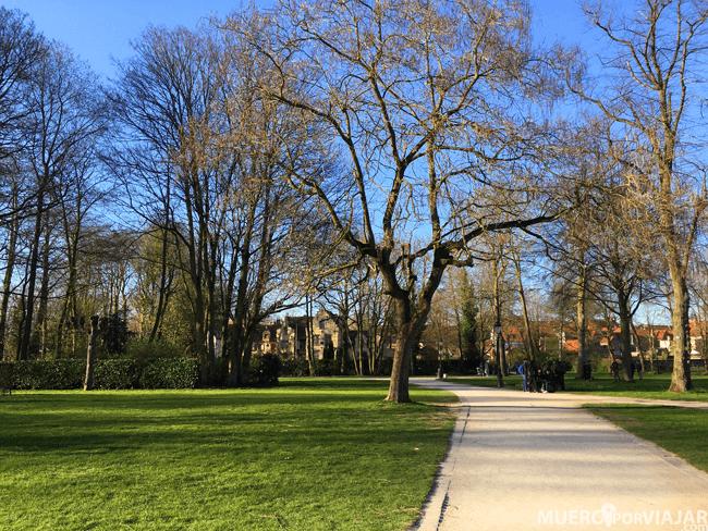 Parque Minnewater de Brujas (Bélgica)