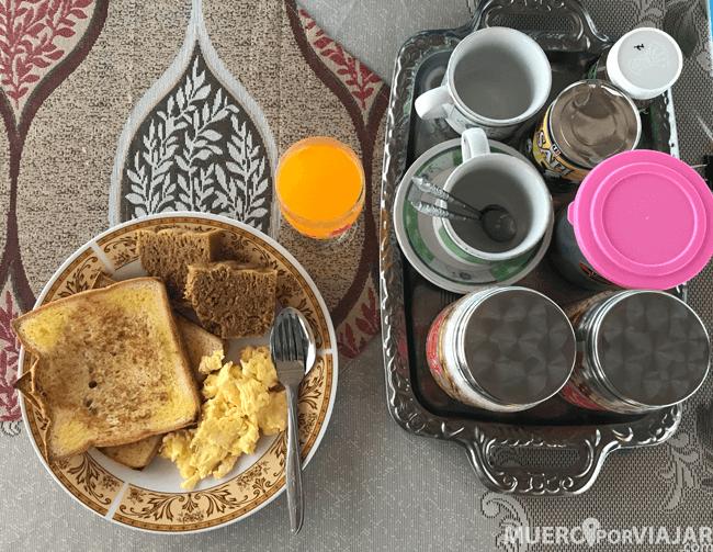 El desayuno muy bueno y nutritivo en el Jlotok