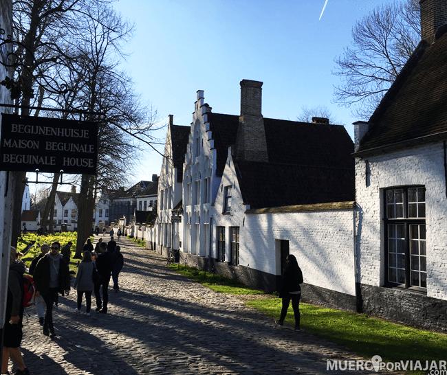 El beguinaje de Brujas (Bélgica)