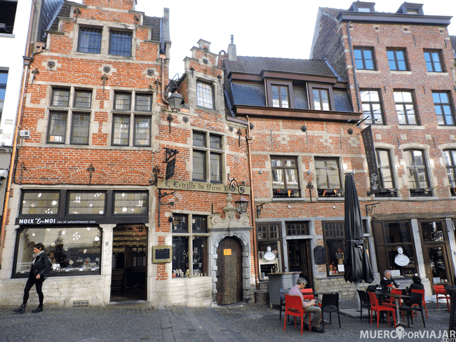 La place du Grand Sablon - Bruselas, Bélgica