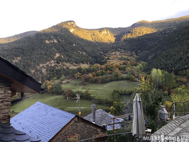 Al estar situado en un valle, las vistas desde cualquier parte del pueblo de Arestui son preciosas