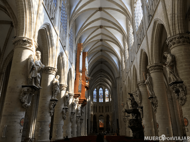 Catedral de San Miguel y Santa Gudula - Bruselas, Bélgica