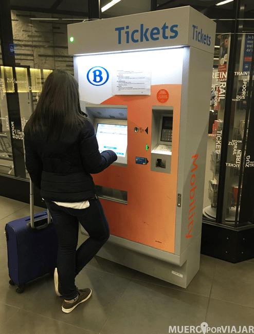 La máquina donde sacar los billetes de tren en Bruselas
