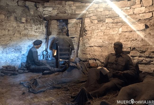 Reconstrucción de una sala de oficiales en el refugio