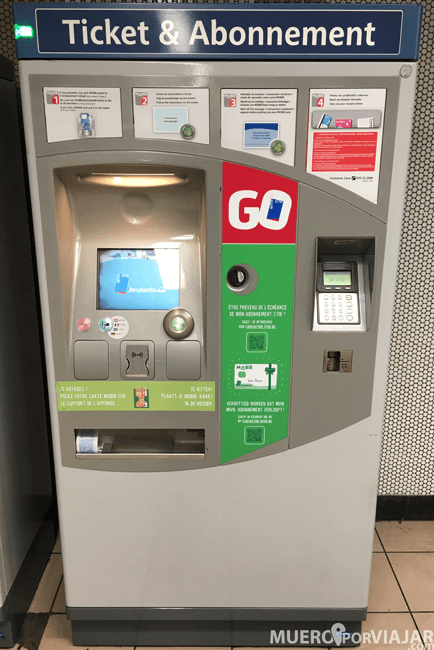 Máquina de tickets de transporte público en Bruselas