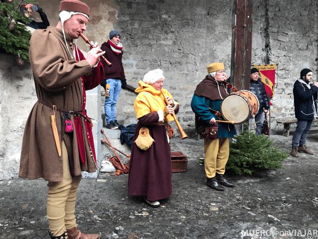 Música en directo en el interior del Castillo de Chillon