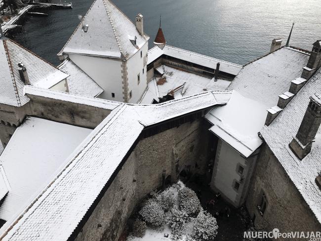 Nieve sobre el Castillo de Chillon