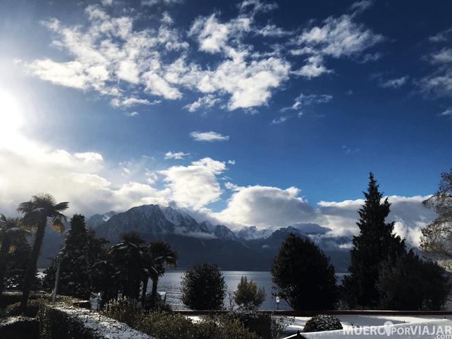 Vistas del lago y las montañas en Montreux