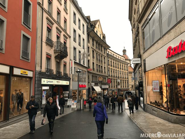 Una de las calles comerciales que hay en Lousanne