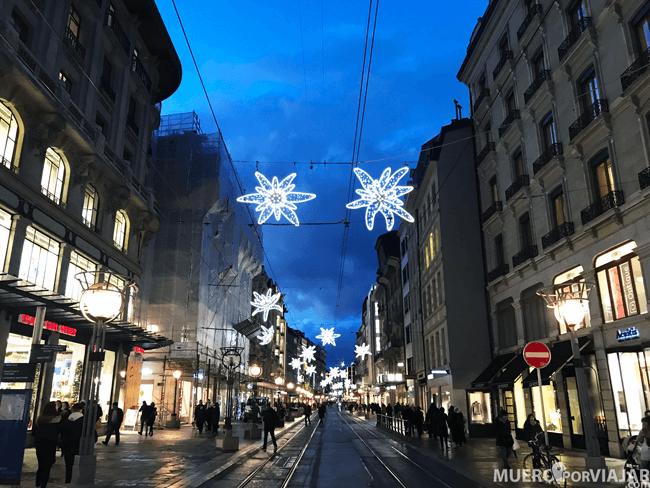 Las calles de Ginebra estaban muy decoradas con motivos navideños