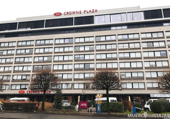 Entrada hotel Crowne Plaza Geneva