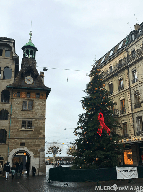 Todo está decorado con motivos navideños