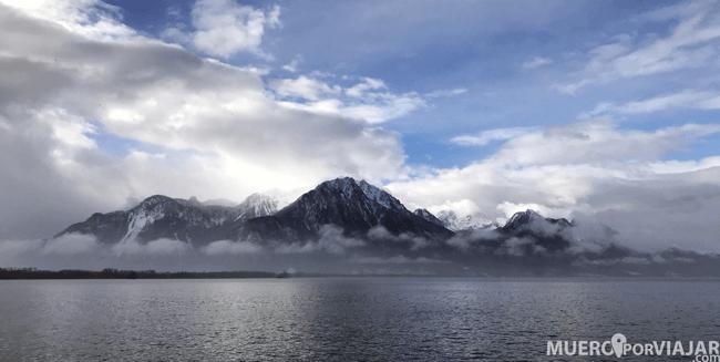 Espectacular vista de los Alpes desde el Castillo de Chillon