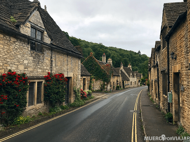 Las calles de Castle Combe, pueblo galardonado como el más bonito de Inglaterra