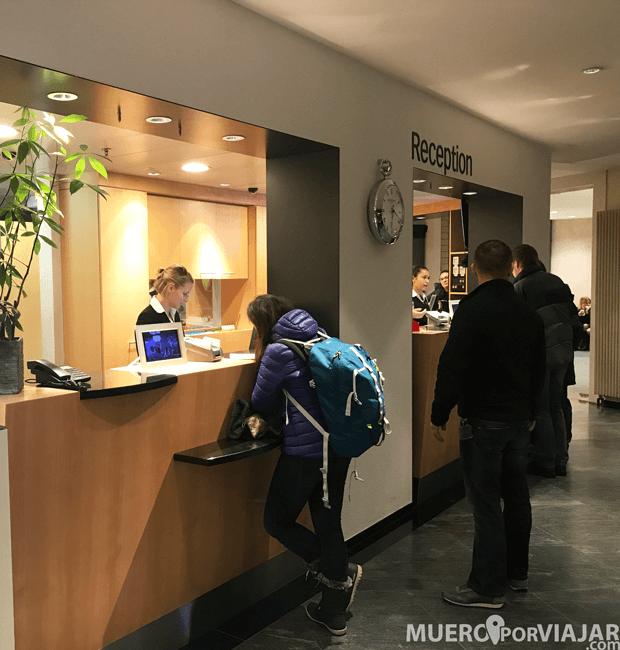 Recepción del Hotel Allegro Bern