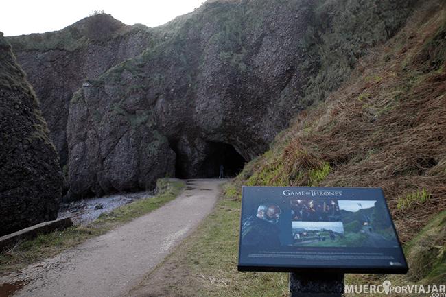 Cuevas de Cushendun - Irlanda de Norte