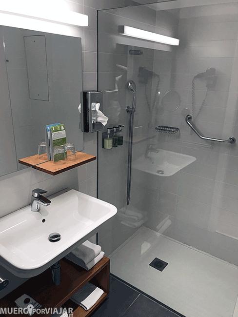 Baño del hotel Artiem Audax en Menorca