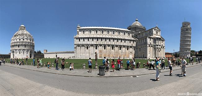 Panorámica de la Piazza del Duomo de Pisa