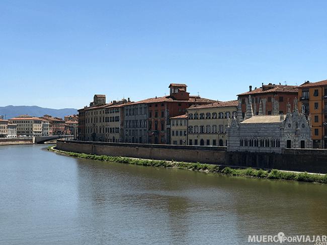 RioArno a su paso por Pisa