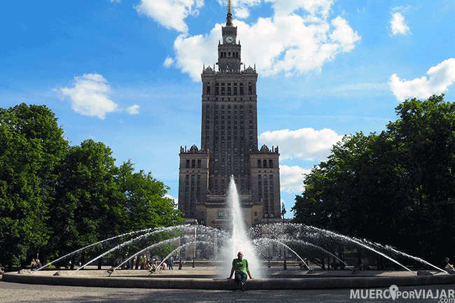El Palacio de la cultura y la ciencia en Varsovia