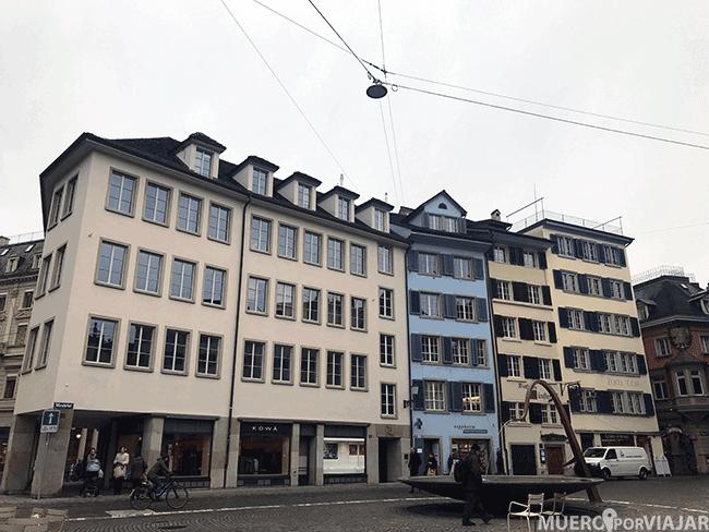 Plaza de Zurich