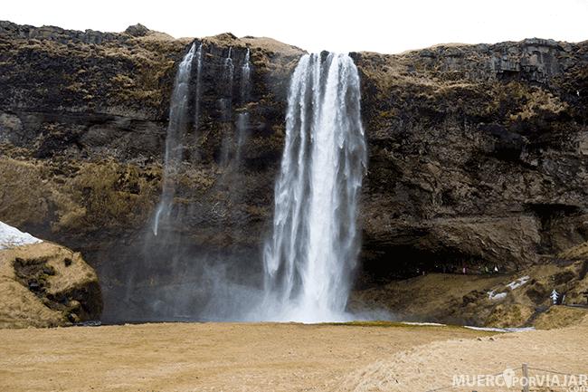 Cascada Seljalandsfoss - Islandia