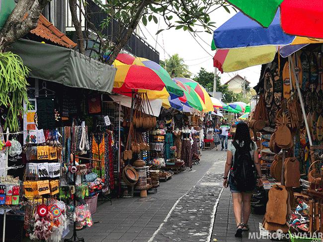 No es obligatorio comprar en los mercados, puedes simplemente pasear y disfrutar