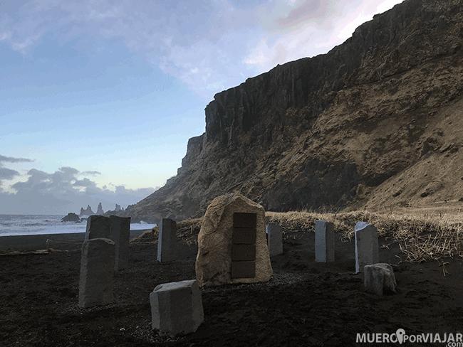 RocasReynisdrangar Vík - Islandia