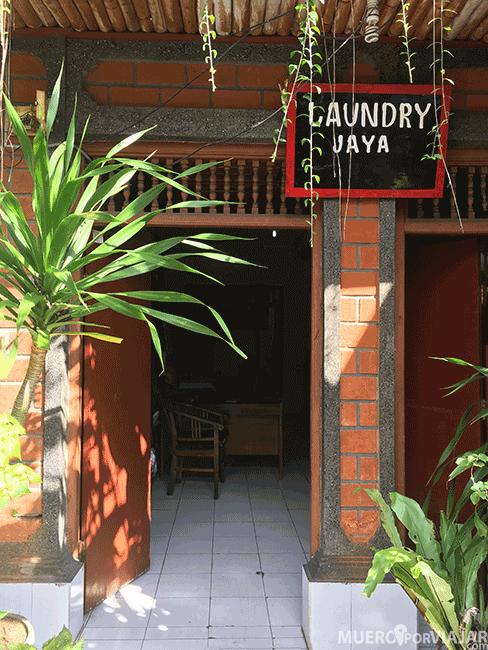 Lavandería en Ubud - Bali