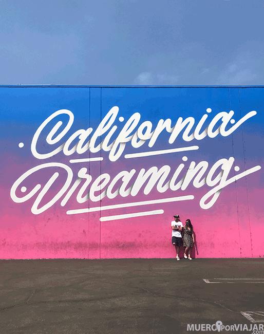 Una de las sorpresas del viaje, el grafitti de California Dreaming en Los Angeles