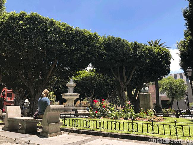 La Plaza del Adelantado es un lugar idóneo para relajarse y disfrutar del tiempo