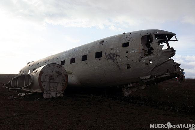 Avión abandonado DC-3