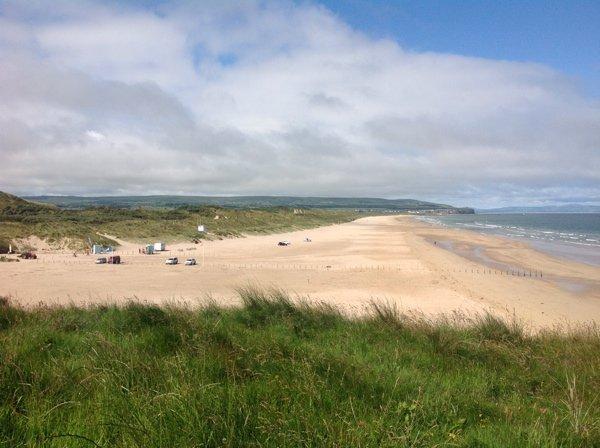 La playa de Portstewarts Strand en Irlanda del Norte