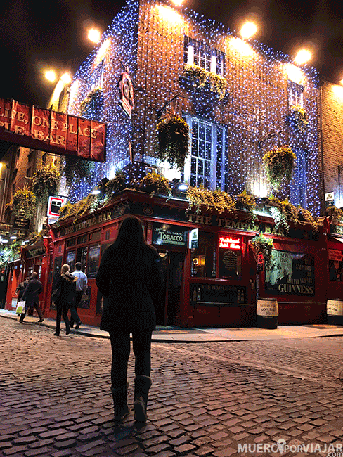 El Temple Bar es uno de los lugares más visitados de Dublín