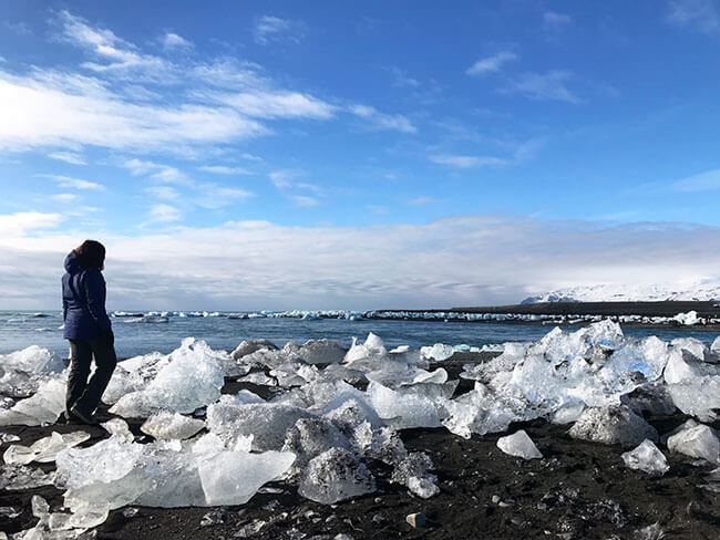 Diamond beach con sus diamantes de hielo en Islandia