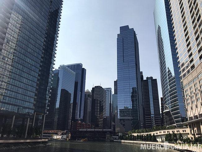 Un vistazo de Chicago desde el río