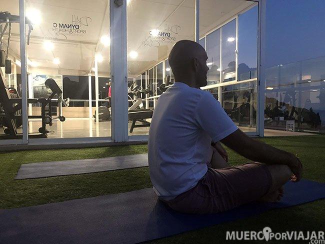 Yoga en la terraza del Hotel Dynamic