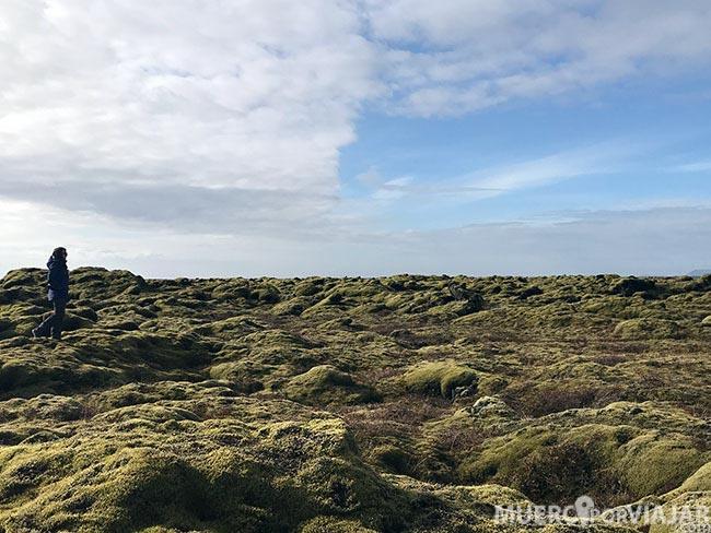 El extenso desierto de lava Eldhraun en Islandia