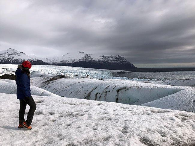 Otra parte de la excursión te lleva al glaciar para contemplar el paisaje