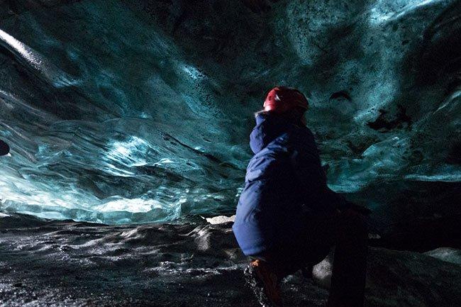 Es realmente impresionante estás dentro de una cueva de hielo