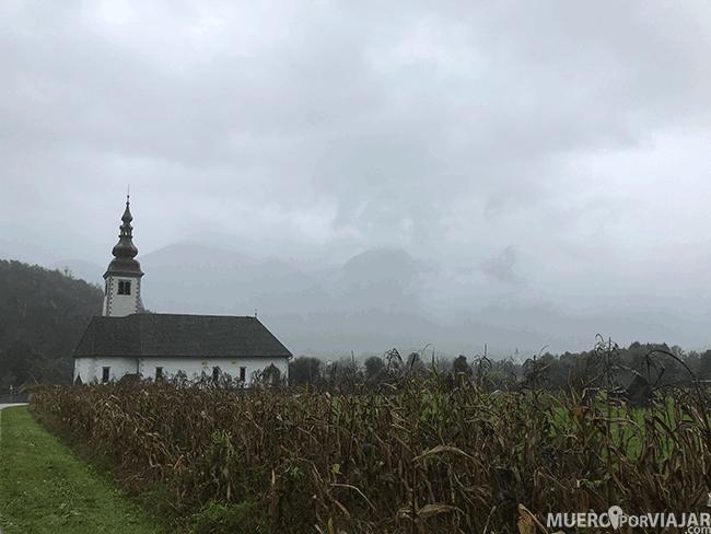 Aunque nos pilló niebla, disfrutamos de los paisajes de Eslovenia